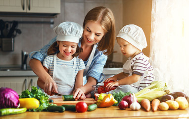Healthy Eating Habits and Your Family
